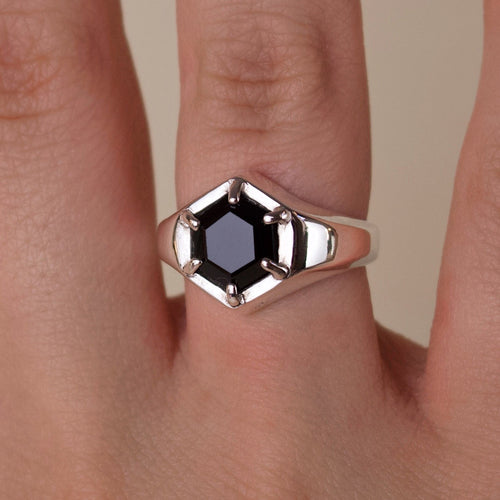 Hexagon Signet Ring - Black Onyx (Brass, Silver, Yellow, White or Rose Gold) - Ring The Serpents Club