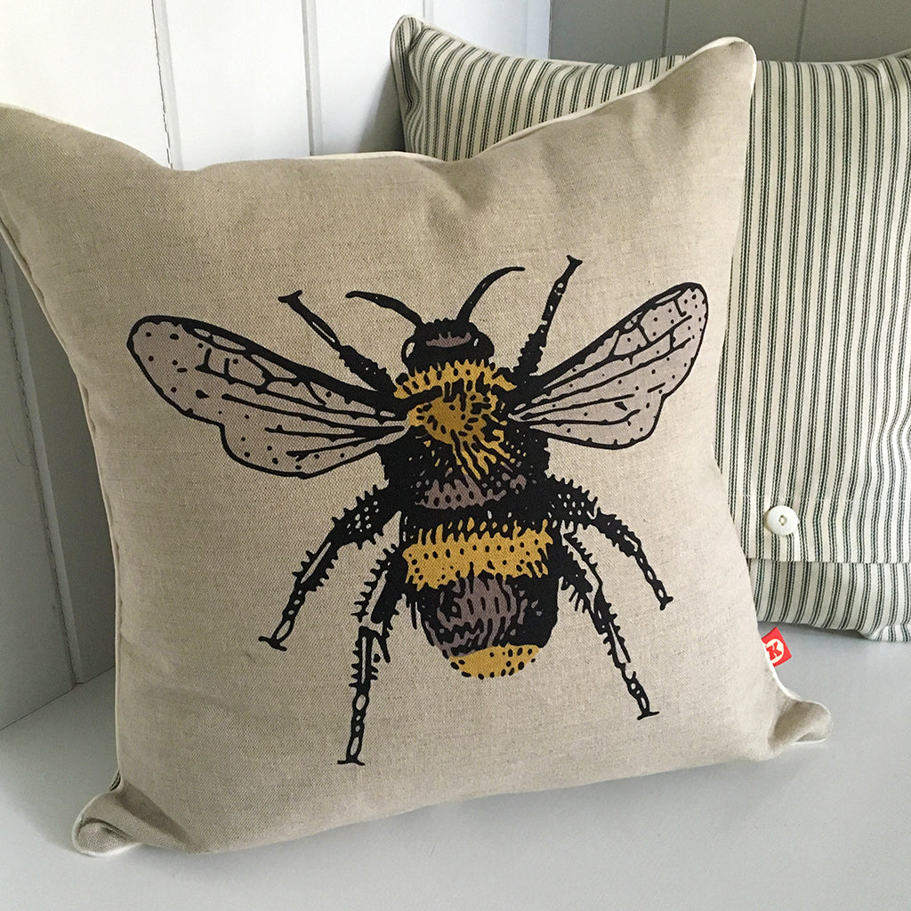 bee design contemporary cushion