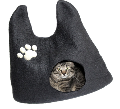 This Is A Cozy And Comfortable Bed For Your Cat Is Handmade From Natural  Merino Wool. Catu0027s Cocoon Bed, Can Provide Just The Right Space For Your  Kitty To ...