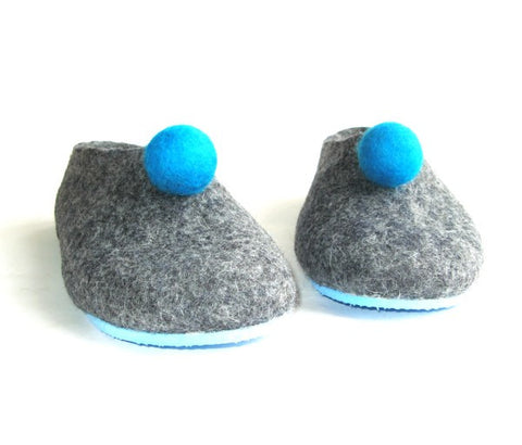 Womens Felt Slippers Grey Polka Dot Color Sole