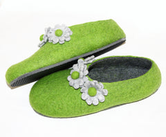 Womens Felt House Shoes Green Bloom Floral Contrast Sole - Wool Walker  - 1