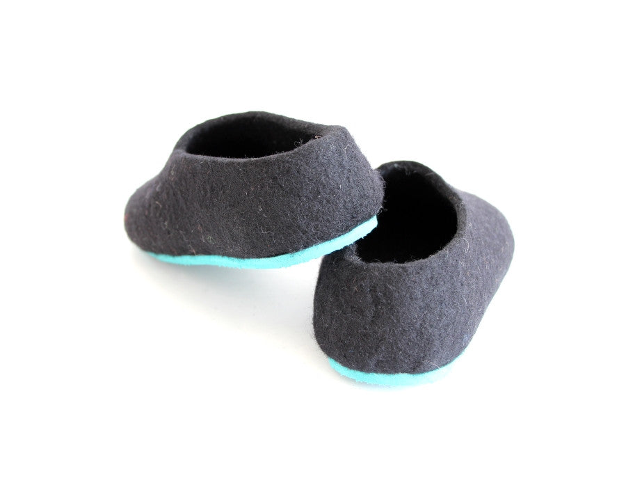 Womens Felted Wool Slippers Black Contrast Color Sole - Wool Walker  - 6