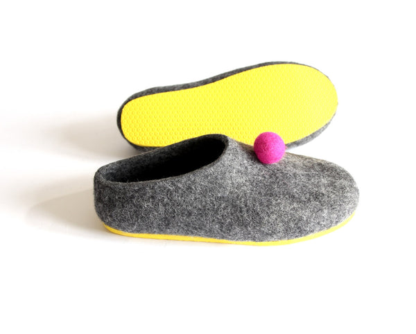 Womens Color Rubber Soled Felted Slippers Pom Pom Dots - Wool Walker  - 1