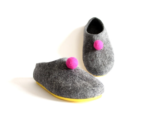 Womens Color Rubber Soled Felted Slippers Pom Pom Dots - Wool Walker  - 2