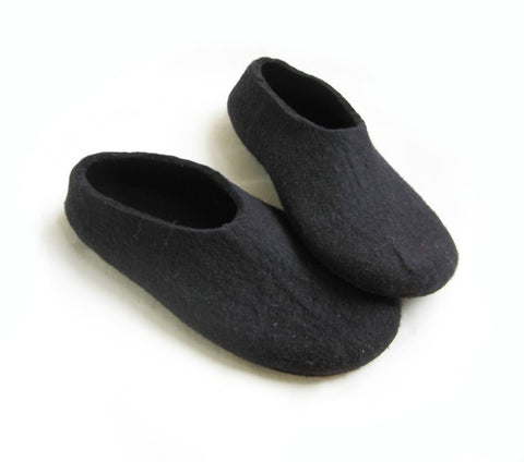 Mens Felt Slippers Black with Contrast Color Sole