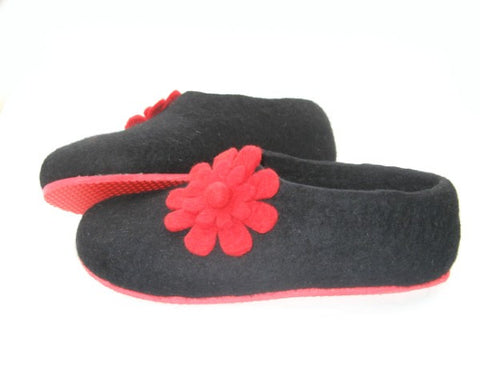 Womens Felted Slippers Black Floral Bloom Contrast Sole