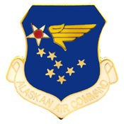 "Pins: USAF - Air Force, ALASKAN CMD. (1"")"