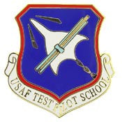"Pins: USAF - Air Force, TEST PILOT SCHL. (1"")"
