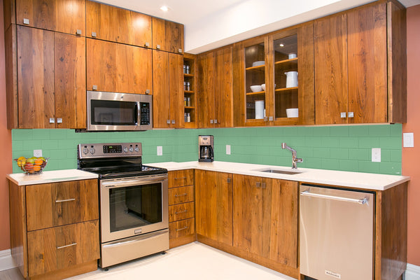 backsplash - colorful green