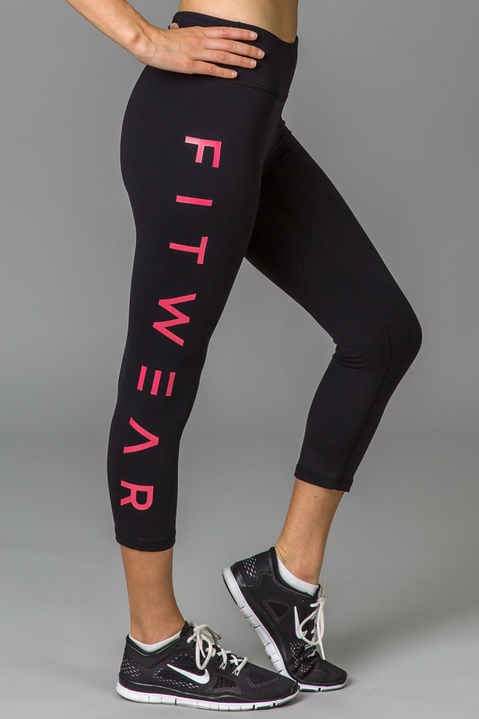 3/4 Fitwear Text Leggings