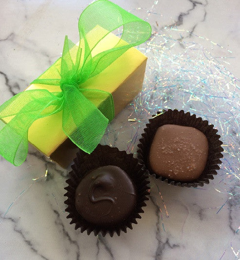 Favor Box with Two Chocolates