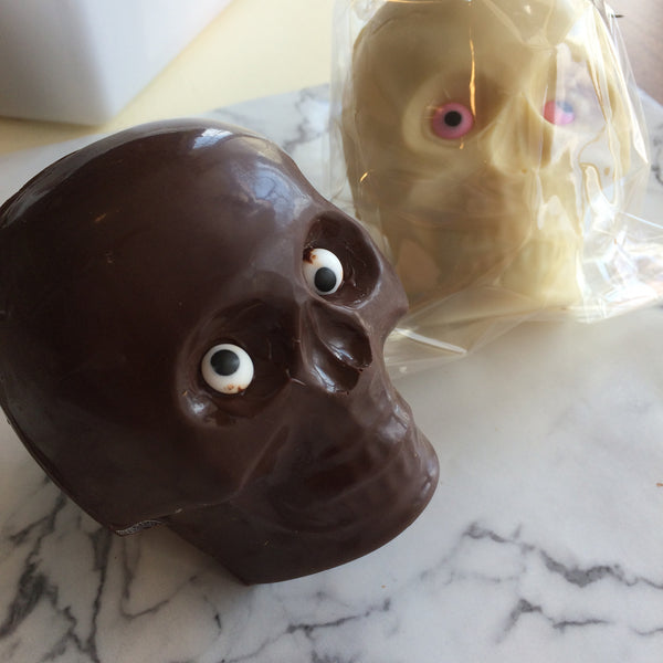 Chocolate Skull 8 oz