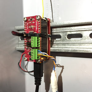 MCCI Catena 4450 mounted on DIN rail
