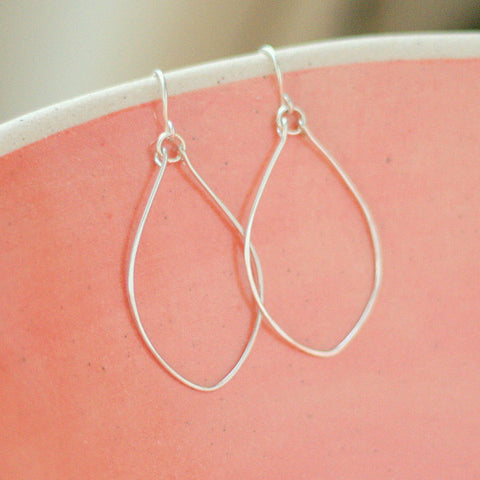 """Elise"" Leaf Oval Hoop Earrings"