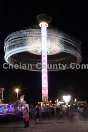 Apple Blossom Fair Ride , JPG Image Download - Travis Knoop, Chelan County Commons