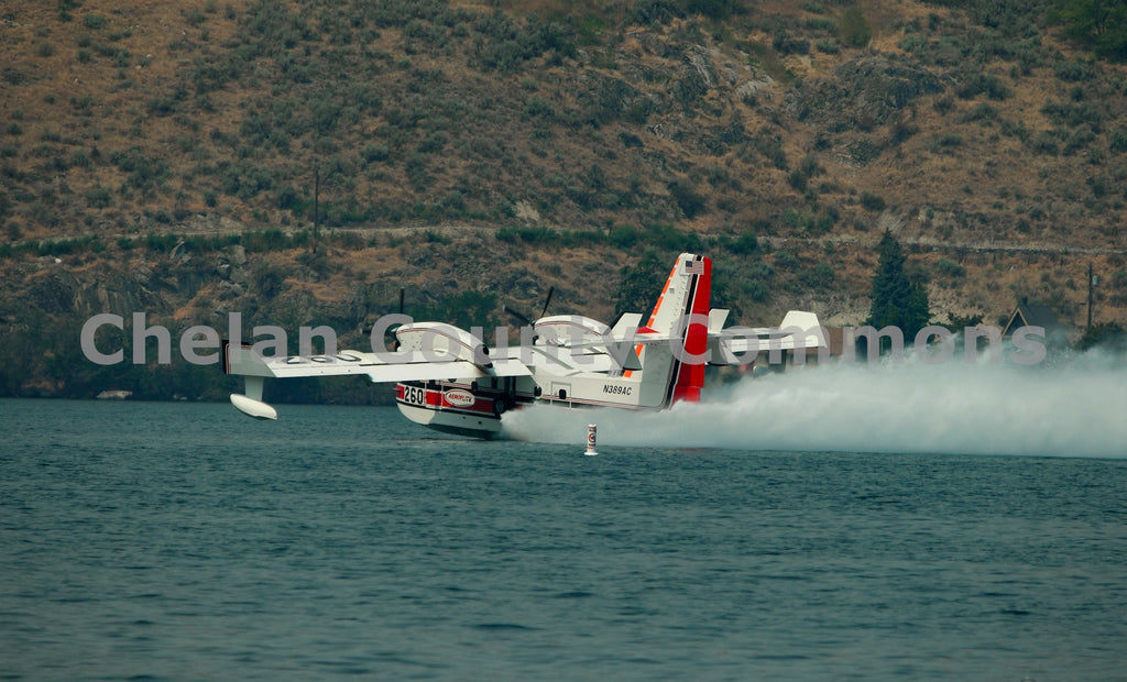 Fire Fighting Plane at Lake Chelan , JPG Image Download - Jared Eygabroad, Chelan County Commons