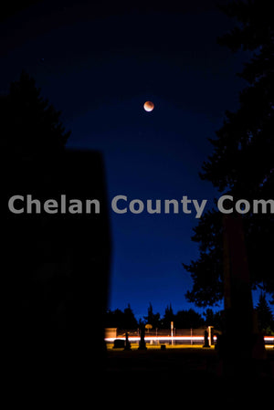 Blue Night Supermoon Eclipse , JPG Image Download - Brian Mitchell, Chelan County Commons