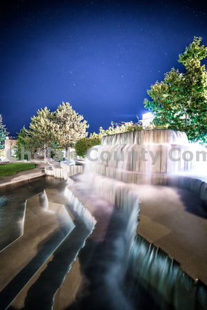 Wenatchee Fountain Night Exposure , JPG Image Download - Brian Mitchell, Chelan County Commons