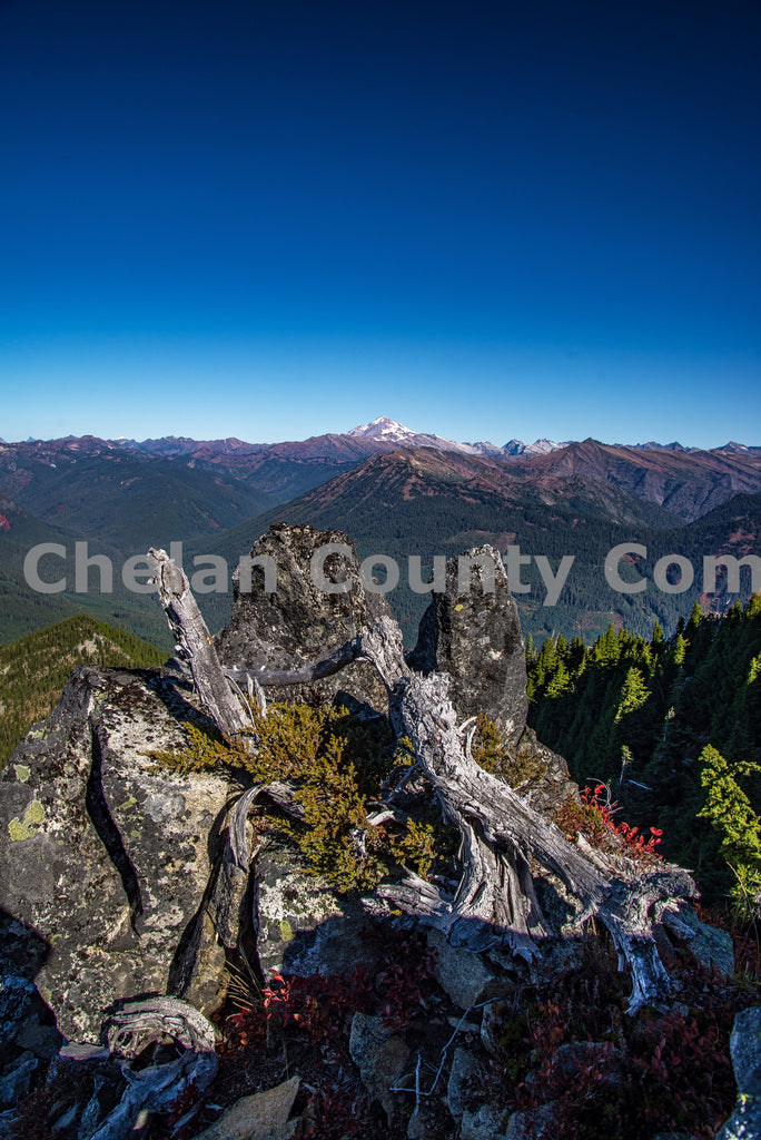 Labyrinth Mountain Peak View , JPG Image Download - Brian Mitchell, Chelan County Commons