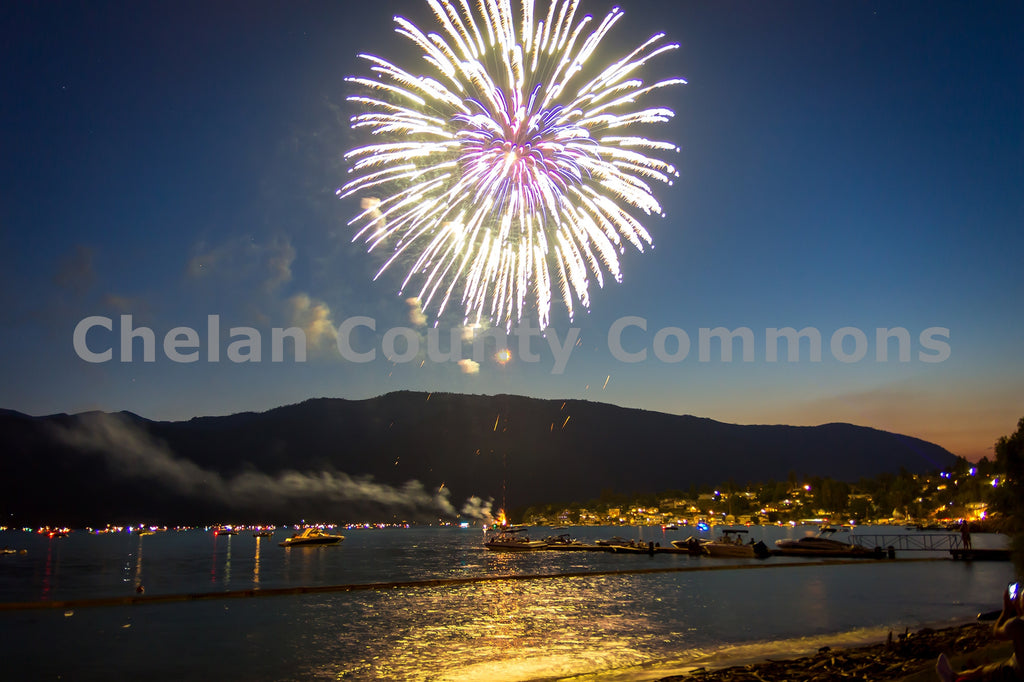 Manson 4th of July Fireworks , JPG Image Download - Josh Cadd, Chelan County Commons
