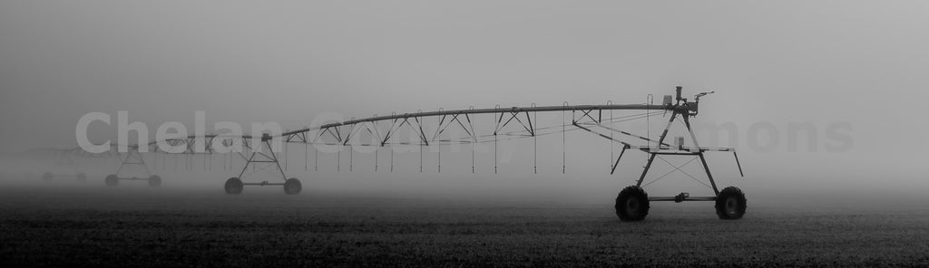 Irrigation In Quincy Fog , JPG Image Download - Rob Spradlin, Chelan County Commons