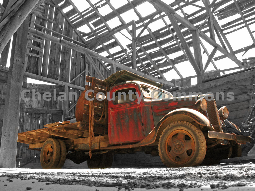 Waterville Rustic Truck , JPG Image Download - Keith Mickelson, Chelan County Commons