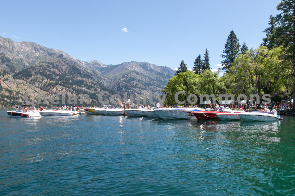 Boats Afloat on Lake Chelan , JPG Image Download - Travis Knoop, Chelan County Commons