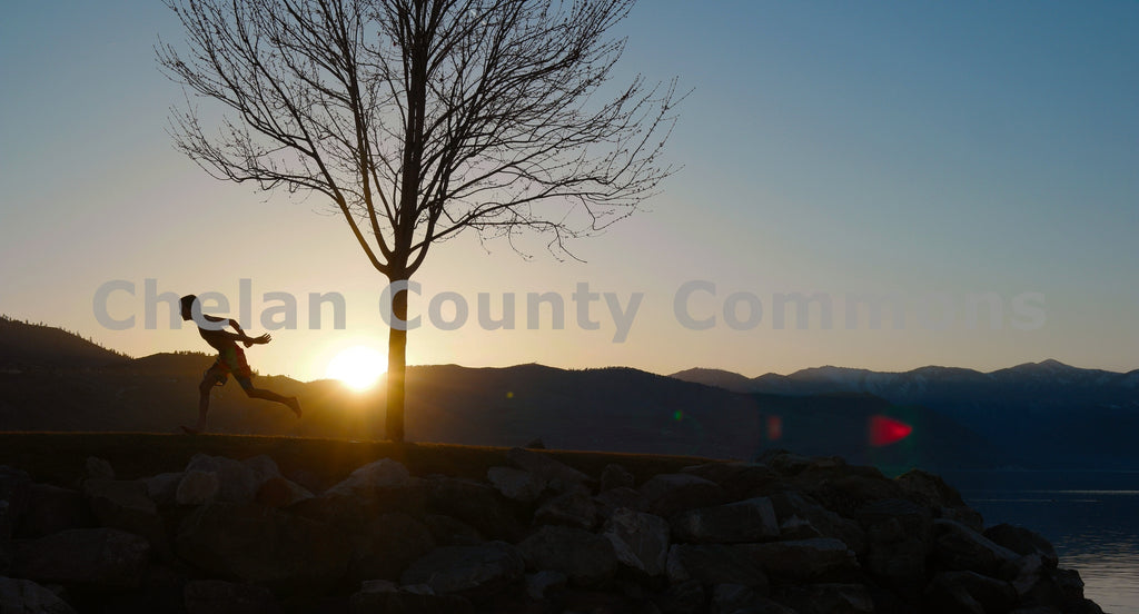 Sunrise Runner , JPG Image Download - Jared Eygabroad, Chelan County Commons