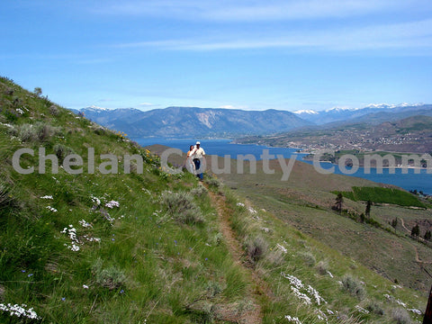 Hiking Chelan Butte
