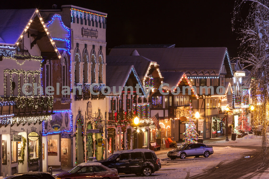 Front Street Leavenworth Lights , JPG Image Download - Travis Knoop, Chelan County Commons