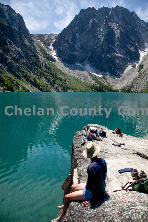 Colchuck Lake Toes Dip , JPG Image Download - Travis Knoop, Chelan County Commons