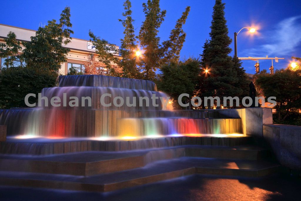 Downtown Wenatchee Fountain at Night , JPG Image Download - Travis Knoop, Chelan County Commons