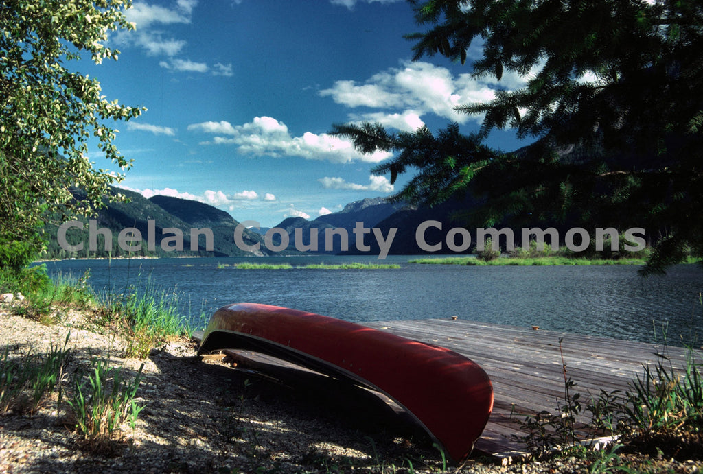 Chelan Canoe Stehekin , JPG Image Download - Richard Uhlhorn, Chelan County Commons