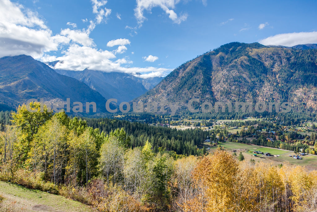 Leavenworth Fall Vista , JPG Image Download - Travis Knoop, Chelan County Commons