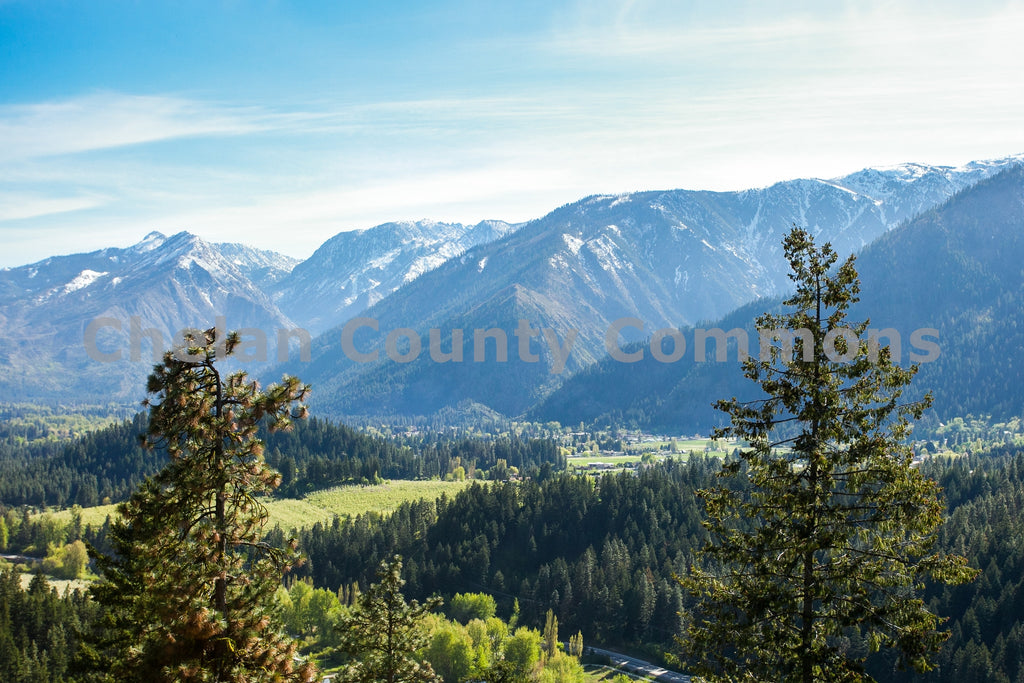 Leavenworth Mountain Views , JPG Image Download - Travis Knoop, Chelan County Commons