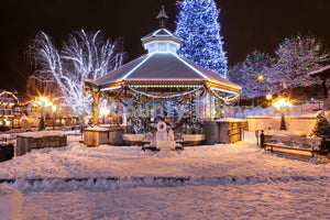 Leavenworth Christmas Gazebo , JPG Image Download - Travis Knoop, Chelan County Commons