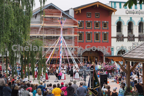 Maifest Pole Dancing , JPG Image Download - Randy Dawson, Chelan County Commons