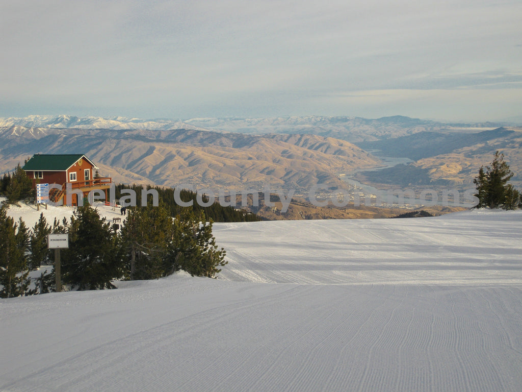 Top Of Mission Ridge , JPG Image Download - Travis Knoop, Chelan County Commons