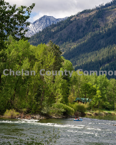 Rafting The Wenatchee River