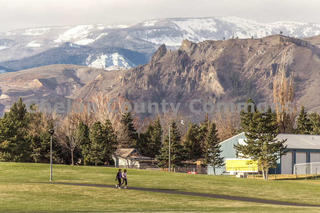 Saddle Rock & Mission Ridge from Walla Walla Park , JPG Image Download - Travis Knoop, Chelan County Commons