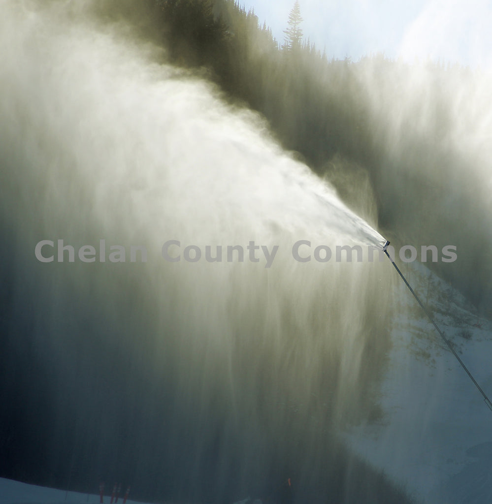 Snowmaking Tower , JPG Image Download - Jared Eygabroad, Chelan County Commons