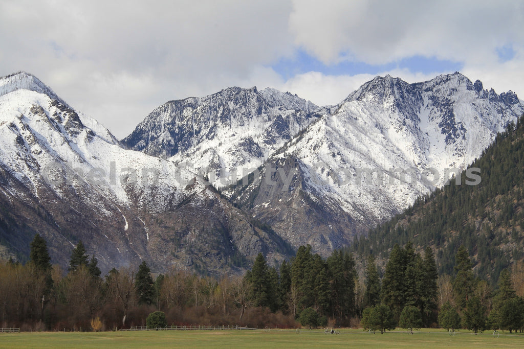 Leavenworth Meadow Vista , JPG Image Download - Travis Knoop, Chelan County Commons