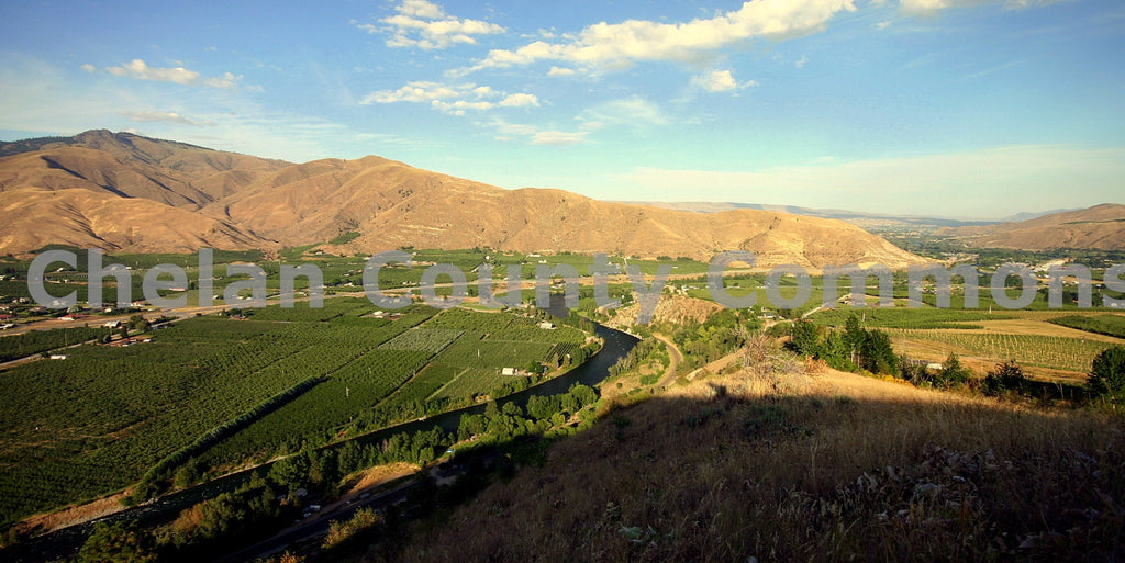 Cashmere Orchards , JPG Image Download - Travis Knoop, Chelan County Commons