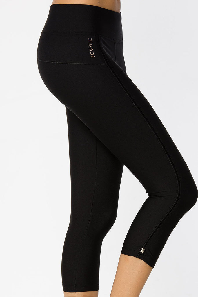 Xeno 3/4 Crop Tight 3/4 Crop Tight - Jeggie Activewear