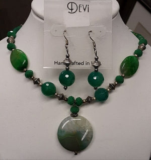 DEVI GREEN JADITE NECKLACE AND EARRING SET