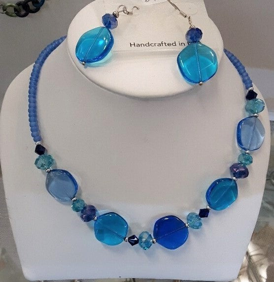 DEVI CRYSTAL BLUE BEADED NECKLACE AND EARRING SET