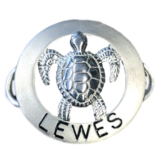 Le Stage Clasp, Turtle in Circle - Lewes