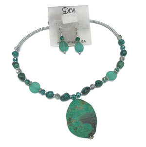 Devi Green Stone Pendant Necklace and Earring Set