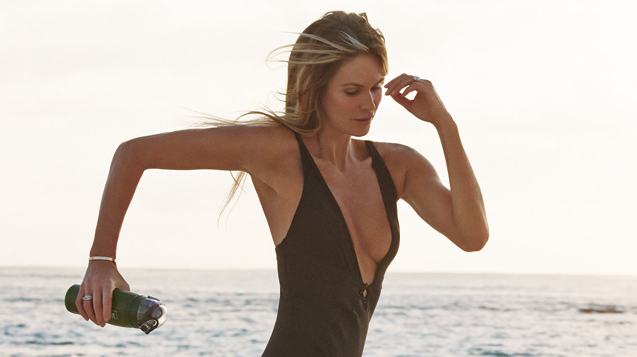 Elle Macpherson's Perfect Meal Replacement For A Summer Beach Body