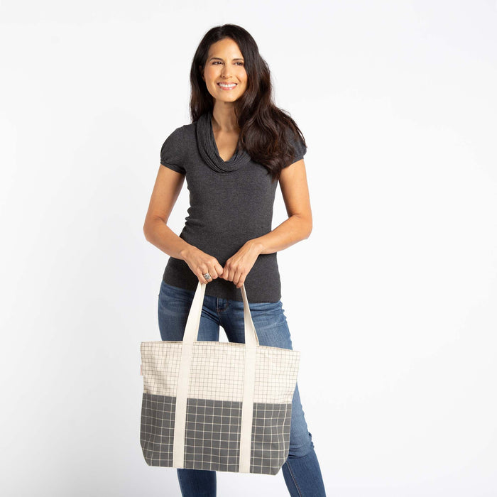 Iconic Carry All Tote
